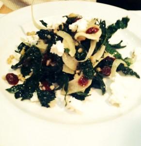 tra vigne kale salad